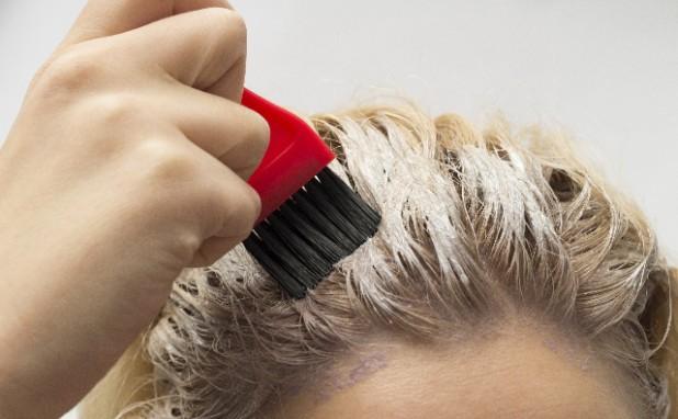 白髪染めでなく普通のヘアカラー(いわゆるオシャレ染め)で白髪は染めることができるのでしょうか?